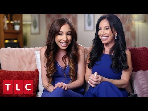 "Mother and Daughter Are ""Like Twins""  