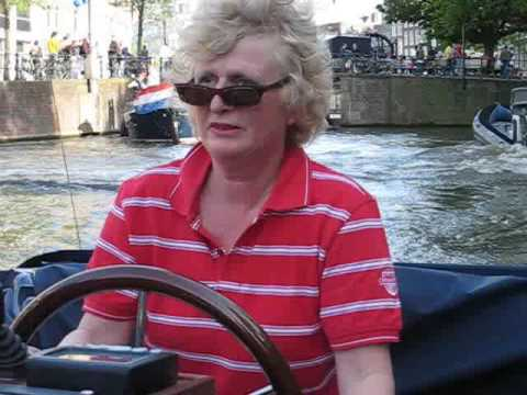 Newbie Dutch Skipper Crashes Tour Boat into other Tour Boat