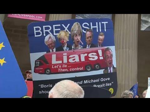 Großbritannien: Eine 2. Chance? Theresa May auf der Suche nach Brexit-Plan B