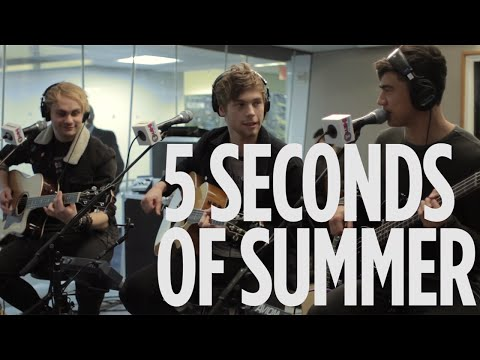 "5 Seconds Of Summer ""Hey Everybody!"" Live @ SiriusXM // Hits 1"