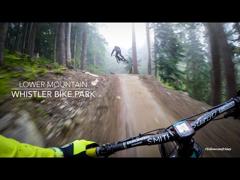 Mountain Biking the lower Whistler Bike Park (видео)