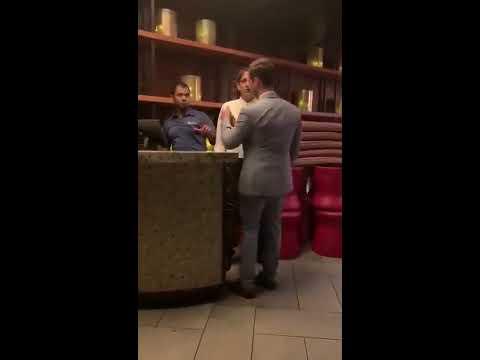 Kozak wystartował do pracownika hotelu. Trafił na mocniejszego od siebie