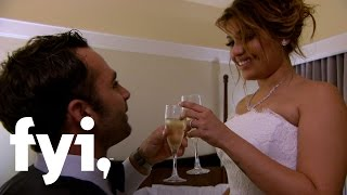 Video Married at First Sight: The Couples Spend Their First Night Alone Together (S4, E3) | FYI MP3, 3GP, MP4, WEBM, AVI, FLV September 2018