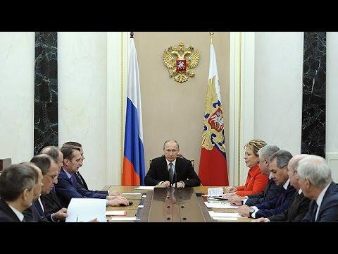 , title : 'Путин рассказал, как присоединял Крым'