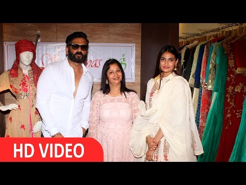 Sunil Shetty & Athiya Shetty Visits Exhibition