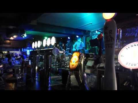 Вася Обломов о Майдане. Крассава  На концерте в Киеве 2017 год - DomaVideo.Ru