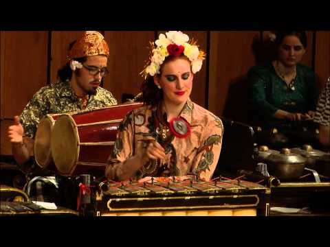 Javanese Gamelan Ensemble - Pelog Barang - Singa Nebah (The Pouncing Lion)