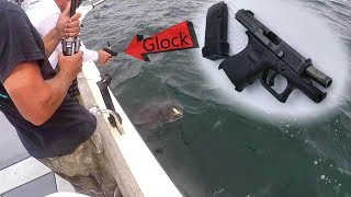 Video We had to shoot this HUGE fish for our safety (100 Pounder!) MP3, 3GP, MP4, WEBM, AVI, FLV Oktober 2018