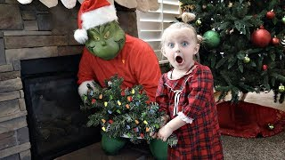 Video THE GRINCH Stole Our CHRISTMAS! MP3, 3GP, MP4, WEBM, AVI, FLV Mei 2019