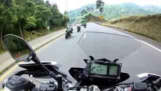 Video Caída MT-09 Tracer | Crash | Subiendo a Manizales MP3, 3GP, MP4, WEBM, AVI, FLV Februari 2018