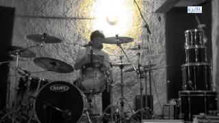 Video Karramordach Recording Drums