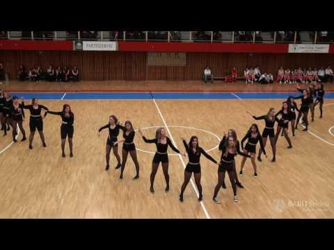 12.B osztály szalagavató tánca2666