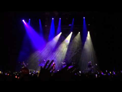 VAMPS - SWEET DREAMS [Mexico City 03-10-2015] (Fragment)