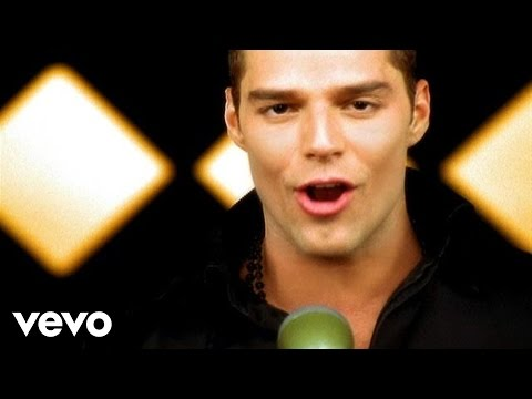 Ricky Martin - Livin La Vida Loca lyrics
