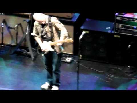 The Allman Brothers – Night 12 – In Memory of Elizabeth Reed – Beacon 2011 w/ Oz Noy on guitar