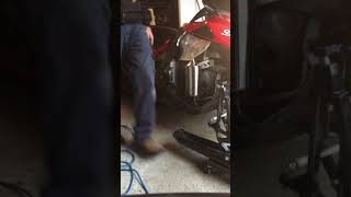 10. 2014 Yamaha viper RTX SE MBRP Race Can (cold start, warm up and some revvs)