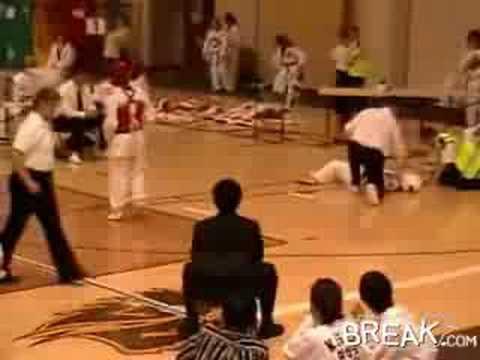 跆拳道–如何9秒以內一腳解決對手?