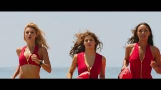 Video Baywatch: Los vigilantes de la playa - Trailer español (HD) MP3, 3GP, MP4, WEBM, AVI, FLV Mei 2017