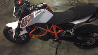 4. 2013 KTM Duke 690 (Walk-around, Startup)
