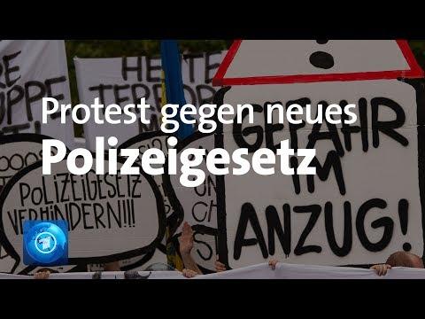Gegen Staatstrojaner und Präventionshaft: Tausende in Hannover auf der Straße