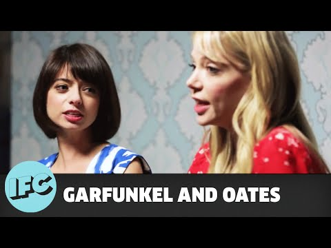 Garfunkel and Oates – The Sofa Sessions: Self Esteem