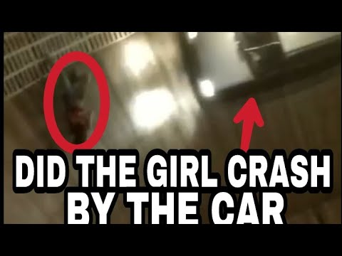 Video A girl is fall in the well of death (maut Ka kuwa) download in MP3, 3GP, MP4, WEBM, AVI, FLV January 2017