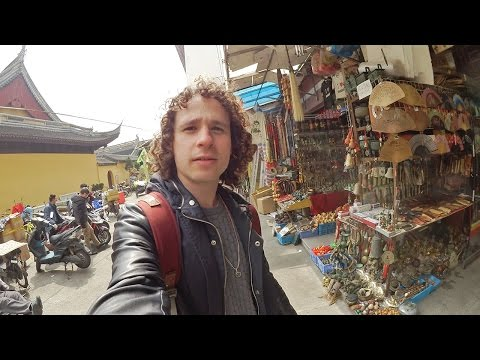 Explorando un MERCADO DE PIRATERÍA EN CHINA