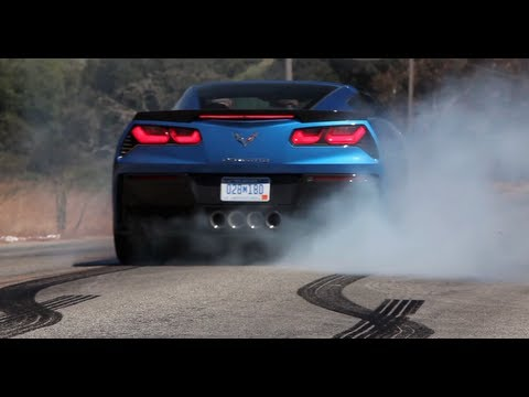 C7 Corvette Stingray does some pretty impressive burnouts