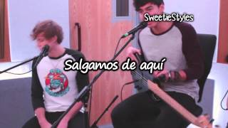 5 Seconds Of Summer - She Looks So Perfect Live Acoutic Version [Subtitulado Español] Video