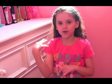 Emma - Emma gives you a tour of her room. Where stuff is from... Vanity: Target Bedding set: Target Cushioned seat with storage: Target Curtains: Mommy made them, f...
