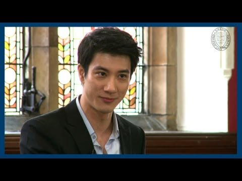oxford - Drawing on the lessons of his experience growing up in the US and then migrating East, Wang Leehom talks about Chinese pop music and the ability of music and...
