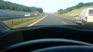 Leci sobie Boguś autostradą 180km/h a tu taka akcja :D