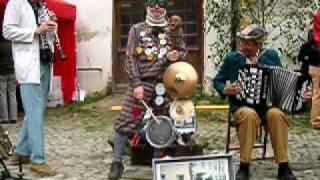 Video Na motoru (Fr. Kmoch)