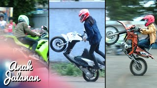 Video Boy, Mondy Dan Tristan Adu Gaya Freestyle Motor [Anak Jalanan] [4 Januari 2016] MP3, 3GP, MP4, WEBM, AVI, FLV September 2018