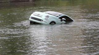 """Prezentācijā Viļņā gandrīz noslīkst """"Fiat 500"""""""
