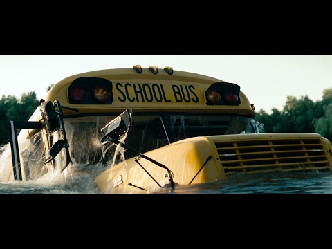 Man of Steel - Clark saves the School Bus (2013)