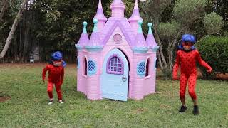 Download Video kids play with costume Miraculous Ladybug, les boys tv MP3 3GP MP4