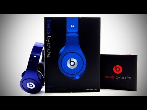 beats - BUY THESE BLUE BEATS STUDIO HERE - http://amzn.to/JapmAH MY NEWS CHANNEL http://youtube.com/beastfeed This is an unboxing of the new Beats By Dre Beats Studi...