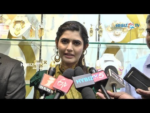 Ashima Narwal at Voylla Jewelry Hyderabad