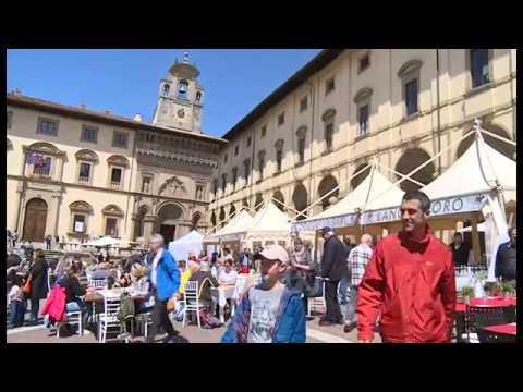 La Piazza del Gusto ad Arezzo conquista tutti