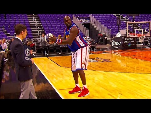 Shot - Harlem Globetrotters star Big Easy Lofton smashes the GUINNESS WORLD RECORDS® record for the farthest basketball hook shot – 61 feet and 4 inches! COMMENT below with the best basketball...