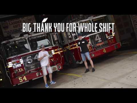 FDNY Fire Station E-54, L-4, Bt-9 - Dva Mladí Hasiči