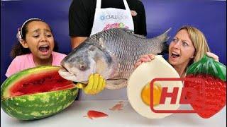 Video Real Food VS Gummy Food! Gross Giant Candy Challenge - Best Chef Daddy VS Jordon MP3, 3GP, MP4, WEBM, AVI, FLV September 2018
