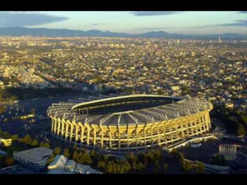 El imponente estadio Azteca