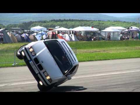 BMW шоу в Германии - Короли трюков и дрифта