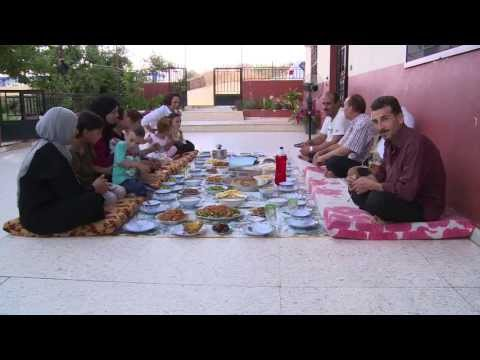 Lebanon: Family Feast