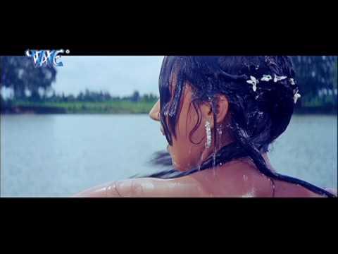 Video Ravi Kishan Fall in Love - Bhojpuri Movie Scene - Scene From Bhojpuri Movie download in MP3, 3GP, MP4, WEBM, AVI, FLV January 2017