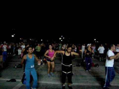 BAILOTERAPIA EN EL PARQUE DEL ESTE  CARACAS- VENEZUELA