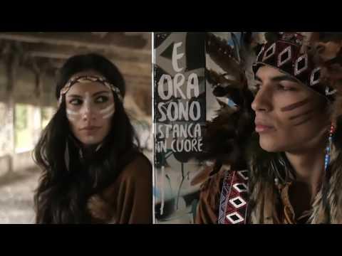 , title : 'MinaCelentano - Ma Che Ci Faccio Qui (Video Ufficiale)'