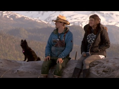The Hunters Become the Hunted | Alaska: The Last Frontier